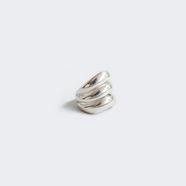 AGMES Triple Wave Ring