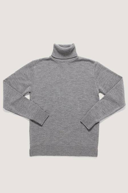 Outclass Cool Grey Turtleneck