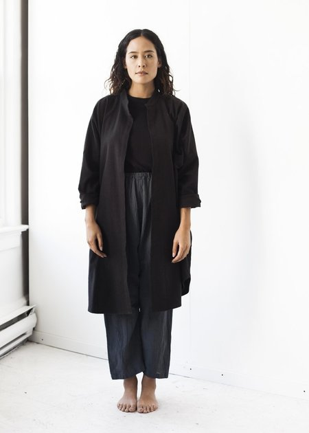 Black Crane Long Square Shirt in Black
