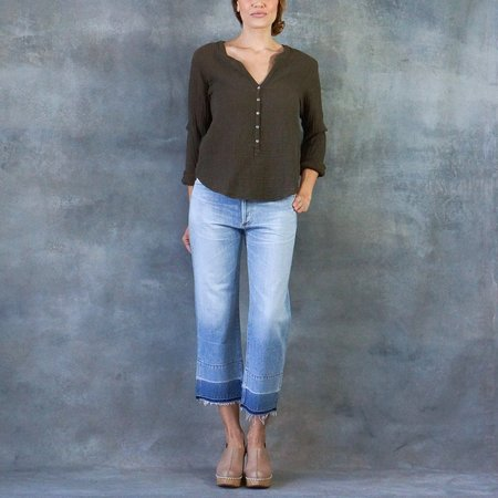 Xirena Heath 3/4 Sleeve Henley Gauze Top Surplus in Army