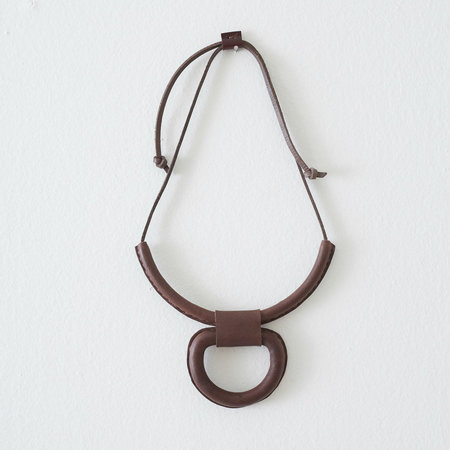 Crescioni Union Necklace - Chocolate
