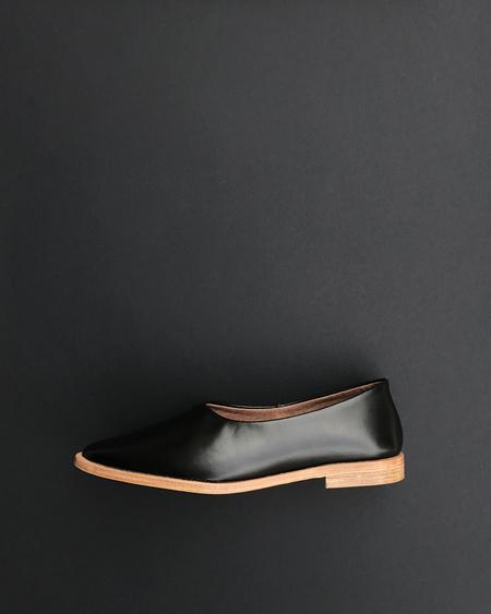 Osborn Clarity Flat in Black