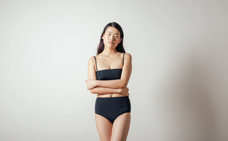 NU Swim Basic High Bottom in Black