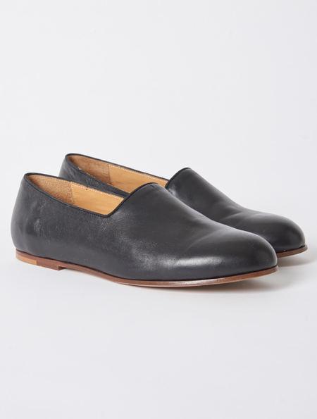 Soloviere Pantome Black Leather Slipper
