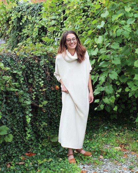 Esby Murphy Dolman Rib Dress in Natural