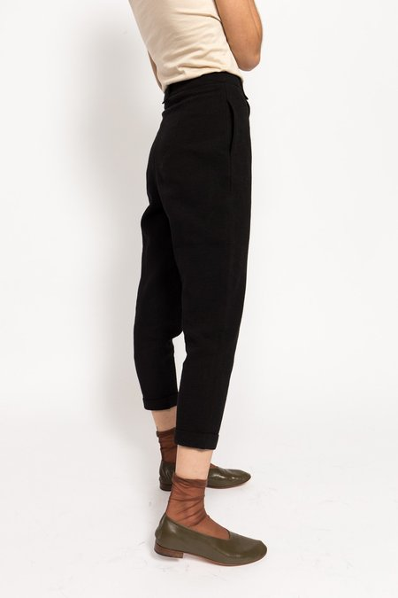 7115 by Szeki Cotton Cropped Trousers