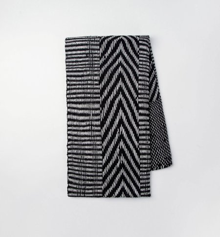 VOZ Chevron - Black/Gray