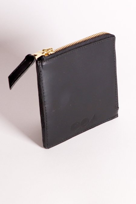 Common Knowledge Black Square Wallet