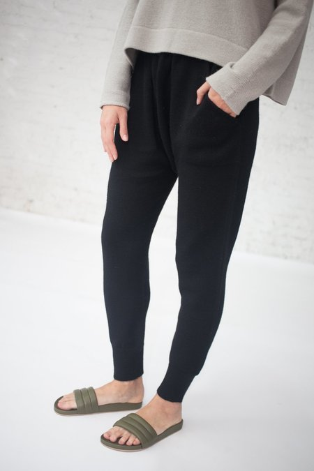 Lauren Manoogian Arch Pants in Black