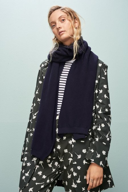 Kowtow Good To Me Scarf - Navy
