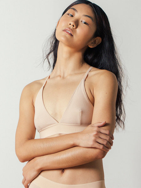 Baserange Triangle Bra Rib in Dune