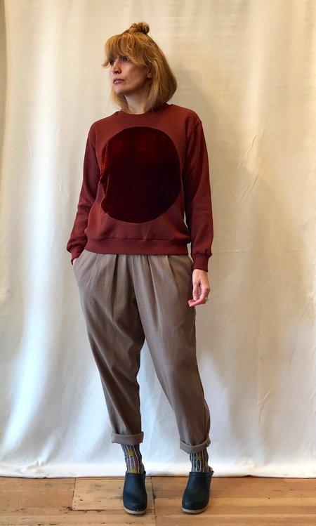 Correll Correll Duo Velvet Circle Sweatshirt in Rust