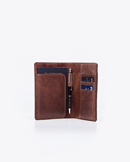 Nisolo Passport Case - Chestnut