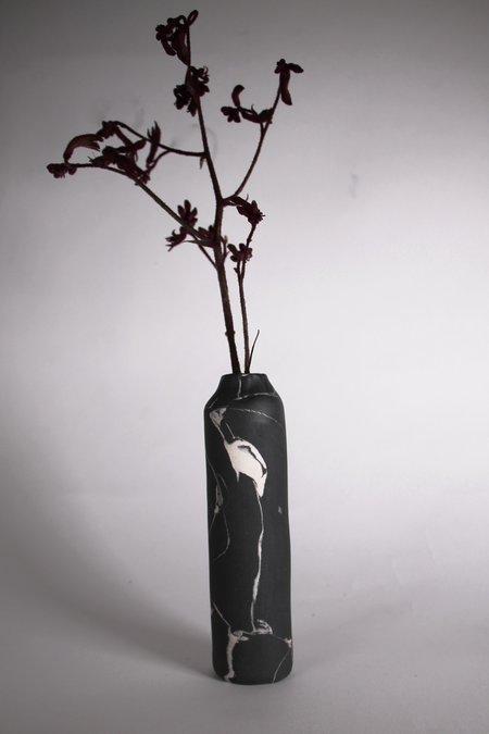 Risa Nishimori Tall Vase - black porcelain