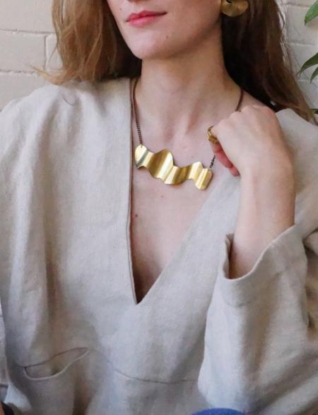 Sunday Feel Swerve Necklace