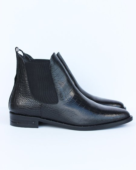 FREDA SALVADOR SLEEK BOOT - BLACK EMBOSSED CROC