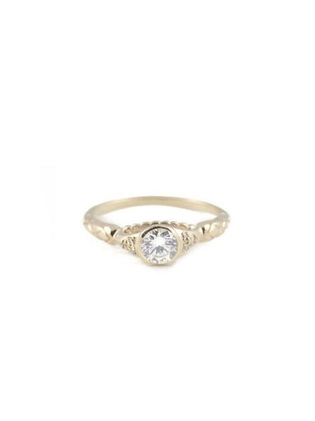 IGWT Victoria Ring - White Sapphire