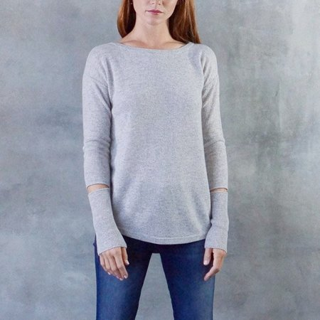 Duffy Cashmere Back Split with Elbow Cutout Sweater in Grey/Ocean Blue