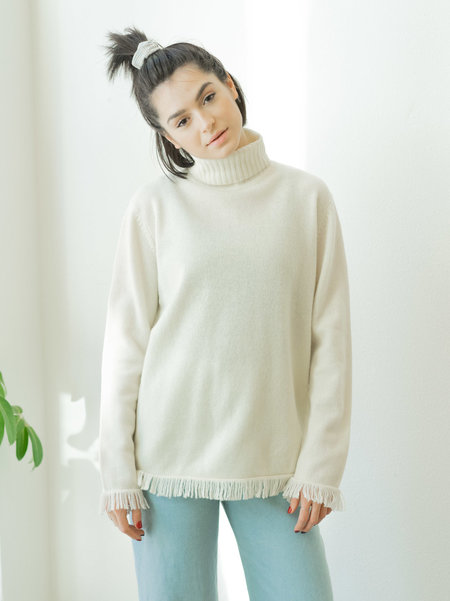 BACKTALK VINTAGE LAMBSWOOL SWEATER WITH FRINGE S/M