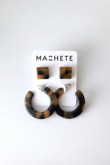 Machete Tortoise Gift Set