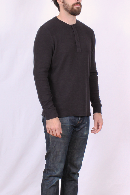 L.A.D. Thermal Henley