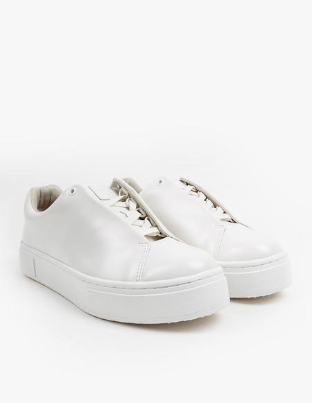 Eytys Doja Leather Sneaker - white