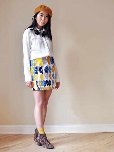 One Imaginary Girl Loved Floral Mini Skirt