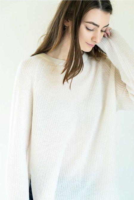 360 Cashmere Autumn Sweater in Chalk