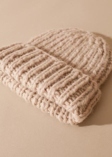 Tsuyumi Baby Alpaca Blend Knit Hat - Beige