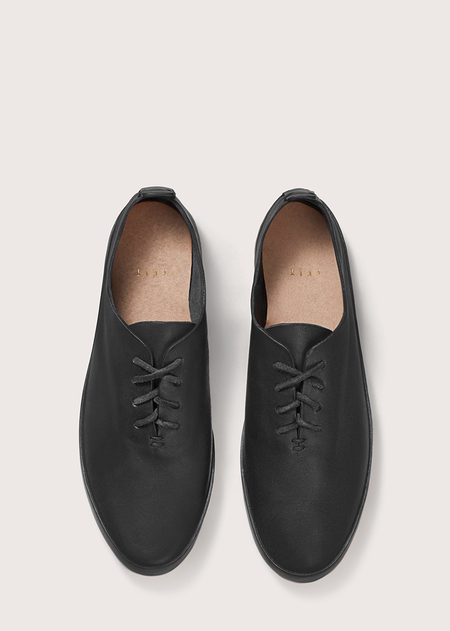 FEIT Hand Sewn Court - Black