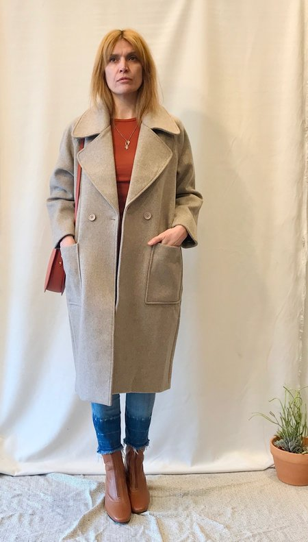7115 by Szeki Wool Coat in Taupe