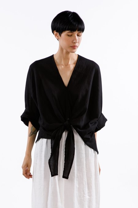 Miranda Bennett Kahlo Top, Cotton Gauze in Black