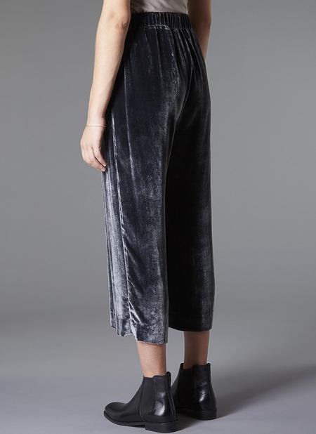 GREI. Velvet Wide Crop Pant - Charcoal