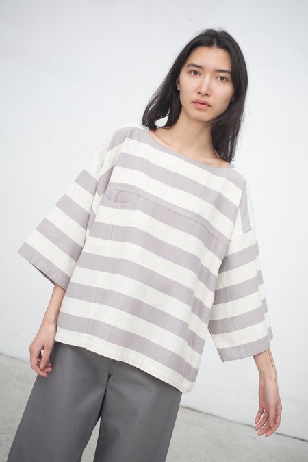 Electric Feathers Boat Top in Earl Gray/Ivory Stripe