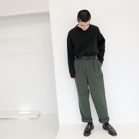 Johan Vintage Black Crewneck Sweatshirt